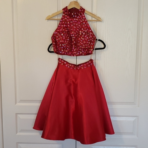 Prom red dress size XS two pieces